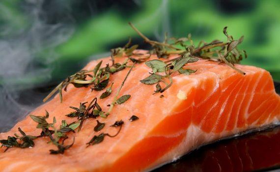Orientação Alimentar para Ácido Úrico Elevado